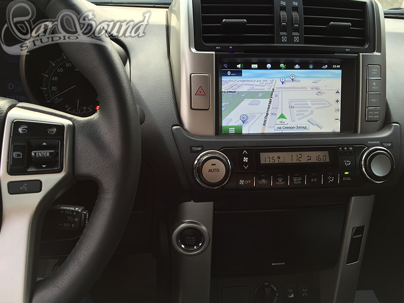 GPS в Toyota Land Cruiser